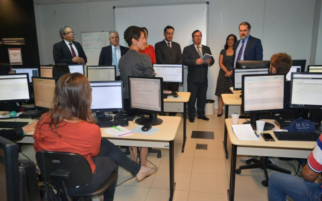 TRF2 apresenta ao presidente do STF, no Rio, relatório da implantação do sistema unificado de execução de penas