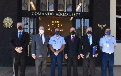 Presidente e corregedor regional do TRF2 visitam o Comando Aéreo Leste, no Rio de Janeiro